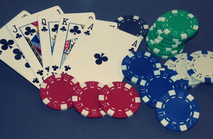 Guide To Playing Online Poker