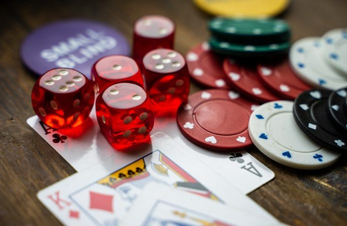 Top 5 Advantages of Playing on an Online Casino